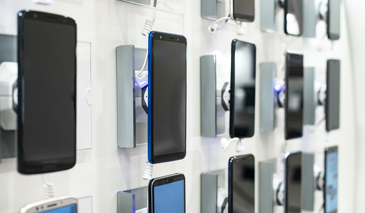 better-consumer-electronics-reliability-coatings-and-adhesives-wall-of-smartphones